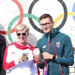 Brązowa medalistka z Atlanty i złoty medalista z Tokio prezentują swoje medale